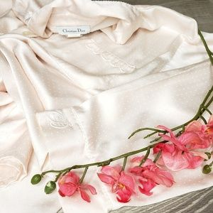 Christian Dior small pink embroidered nightshirt